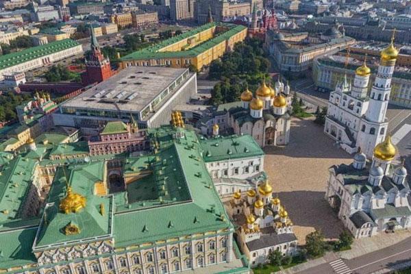 Экскурсия в Кремль.