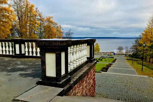 Озеру Онего.