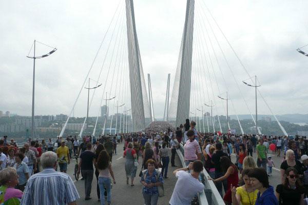 Золотой мост.