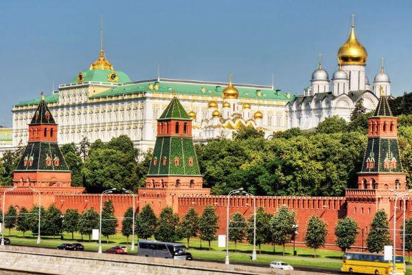 Экскурсия по Кремлю.