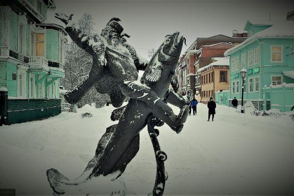 Скульптура Сени Малины.