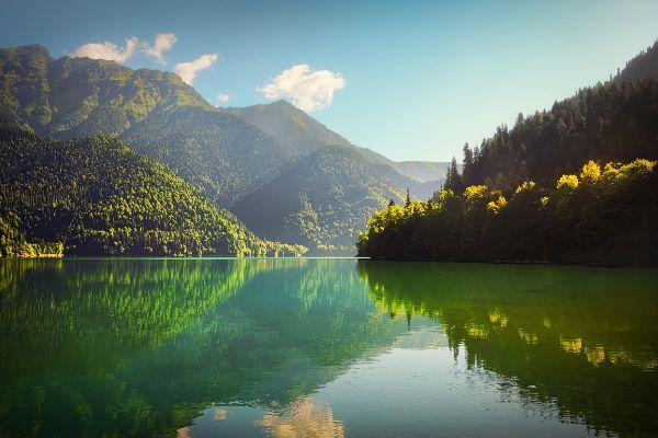 Озеро Рицца.