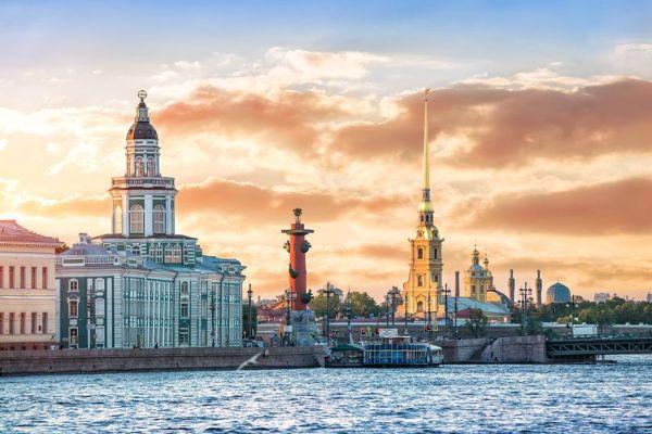 Экскурсии по Петербургу.