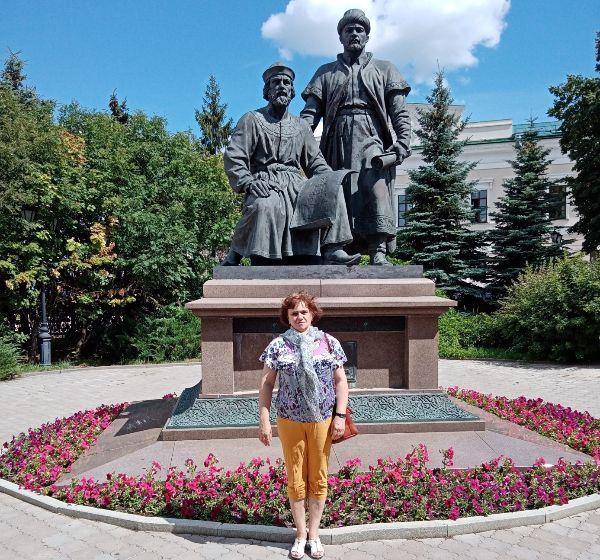 Памятник кремлевским зодчим.