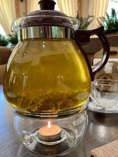 Чай в кафе.