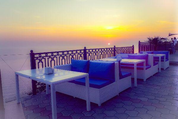 Побережье Чёрного моря. Фото. Ресторан с видом на море