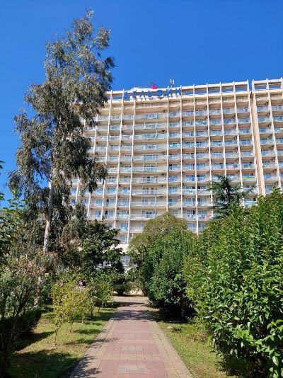 Территория отеля.